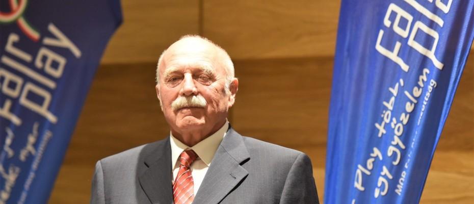 Pécsi Gábor Fair Play díjat kapott