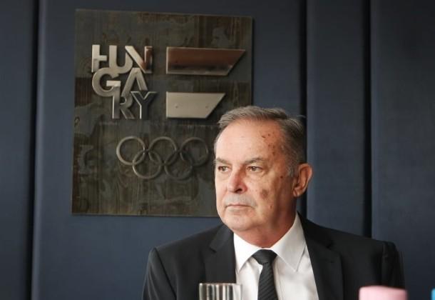 Balczó Andrást köszöntötte Kulcsár Krisztián a MOB székházban
