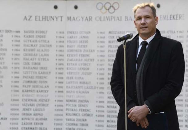 Ünnepi, egyben szomorú esztendőben emlékeztek az olimpiai család elhunyt tagjaira