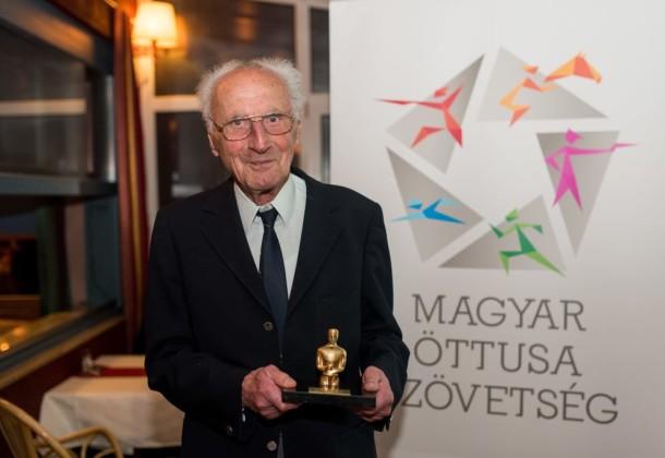 Isten éltesse a ma 94 éves Benedek Gábort!